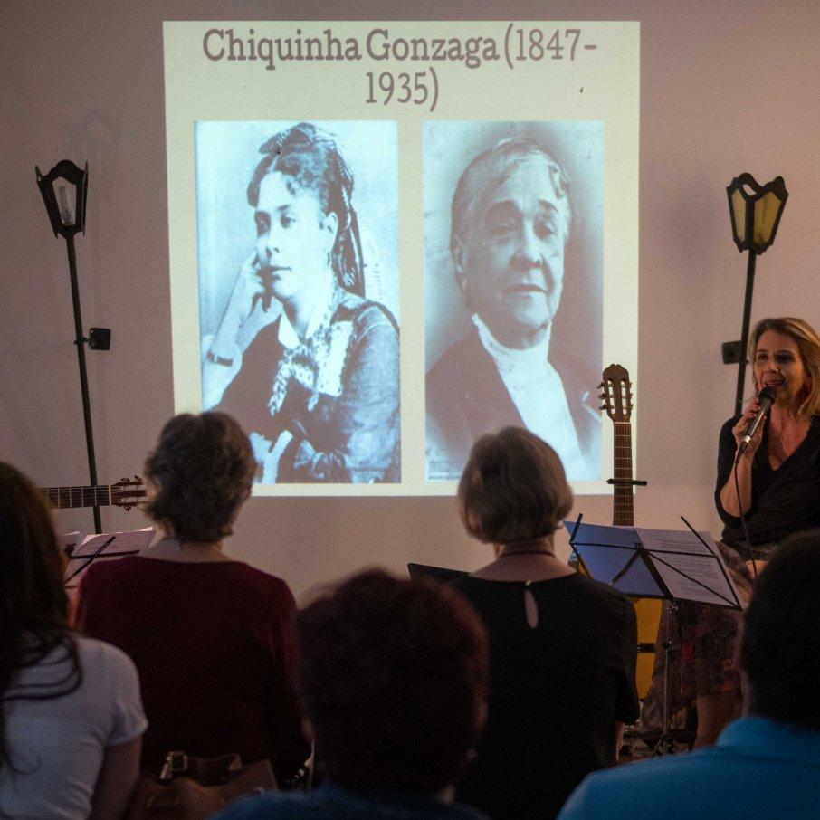 A Mulher na Canção
